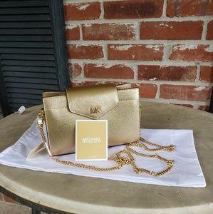 Michael Kors Bags - MICHAEL Michael Kors crossbody clutch